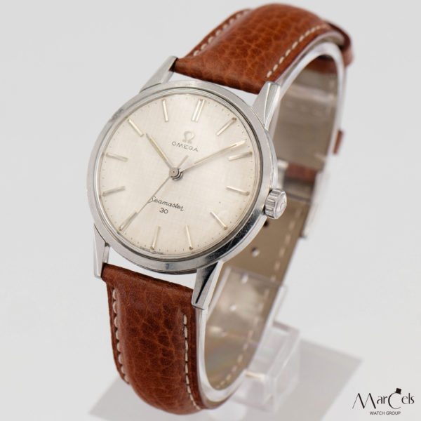 0672_vintage_watch_omega_seamaster_30_linen_dial_03