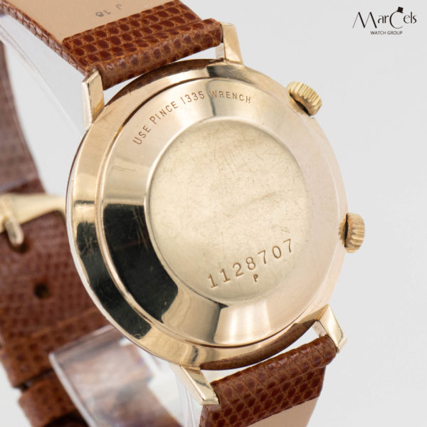 0702_vintage_watch_jaeger-lecoultre_memovox_14