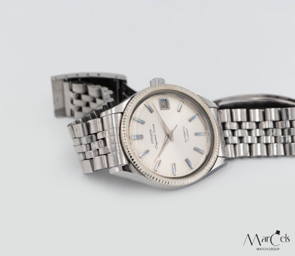 0698_vintage_watch_citizen_crystal_date_12