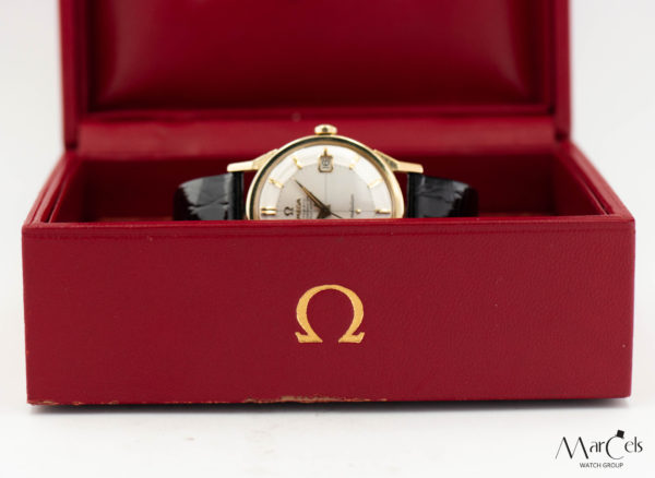 0367_vintage_watch_omega_constellation_pie_pan_18ct_25