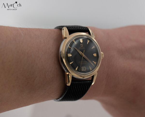 0749_vintage_watch_omega_seamaster_calender_honeycomd_dial_13