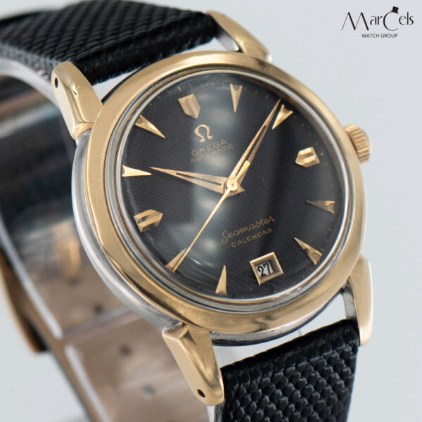 0749_vintage_watch_omega_seamaster_calender_honeycomd_dial_18